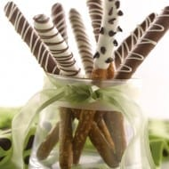 Fancy Dipped Pretzel Rods, perfect holiday treats!