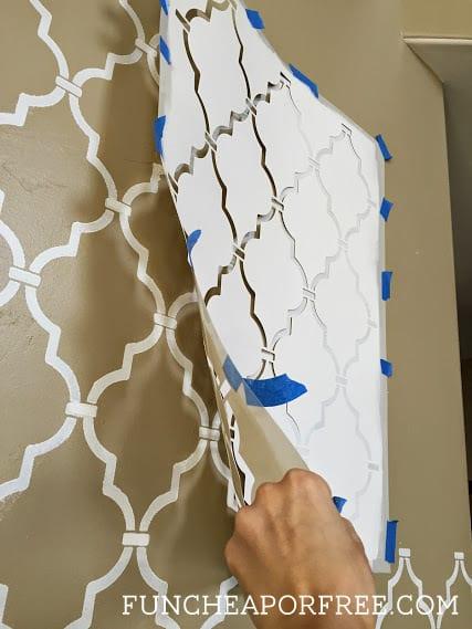 DIY Quatrefoil Wall Stencil Tutorial   waaay easier than it