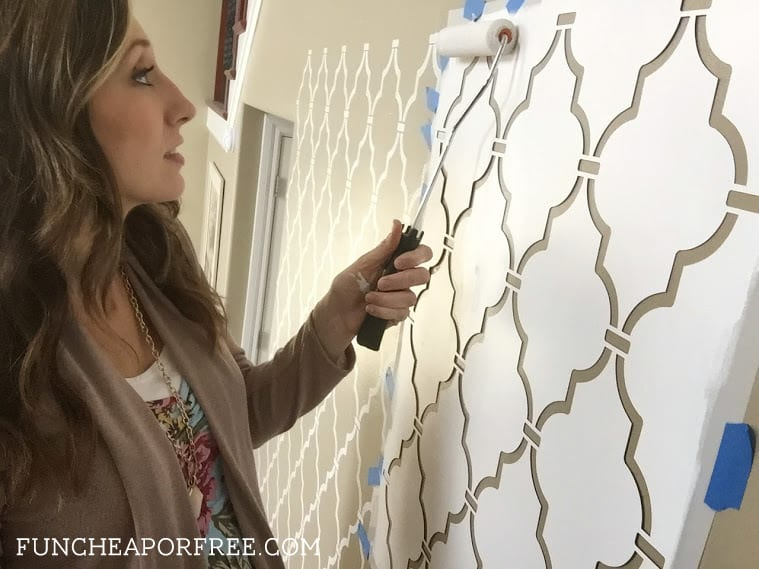 DIY quatrefoil wall stencil tutorial - easy, beautiful accent wall! From FunCheapOrFree.com