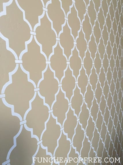 DIY quatrefoil wall stencil tutorial from FunCheapOrFree.com