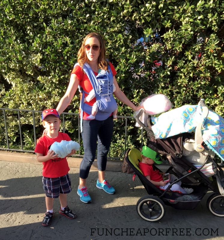What to bring to Disneyland - Disneyland On The Cheap, part 2 of 3: Prep, Packing, and Traveling with Kids. TONS of tips! Pin now, read later! from FunCheapOrFree.com