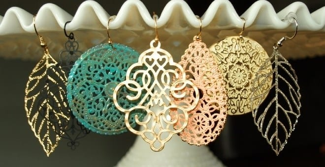 Affordable, and delicate, these earrings are stunners! (And a STEAL! $4.99!) www.funcheaporfree.com