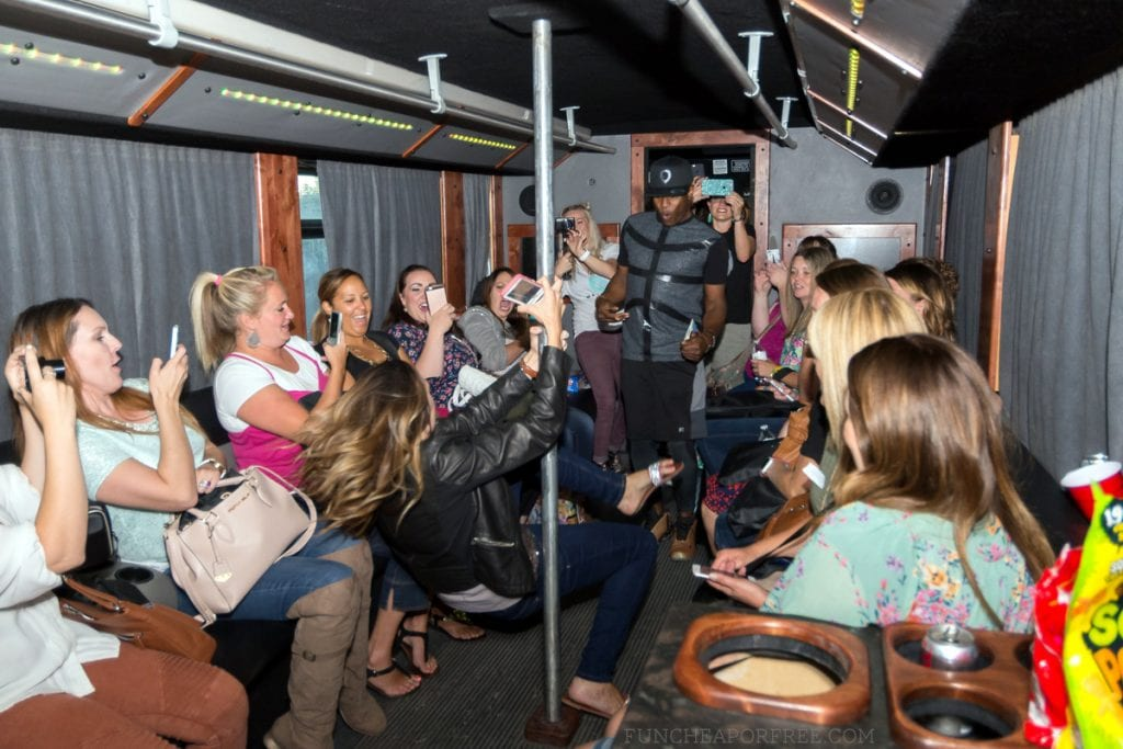 fno_party-bus-140