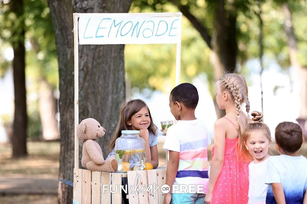 kids at a lemonade stand, from Fun Cheap or Free