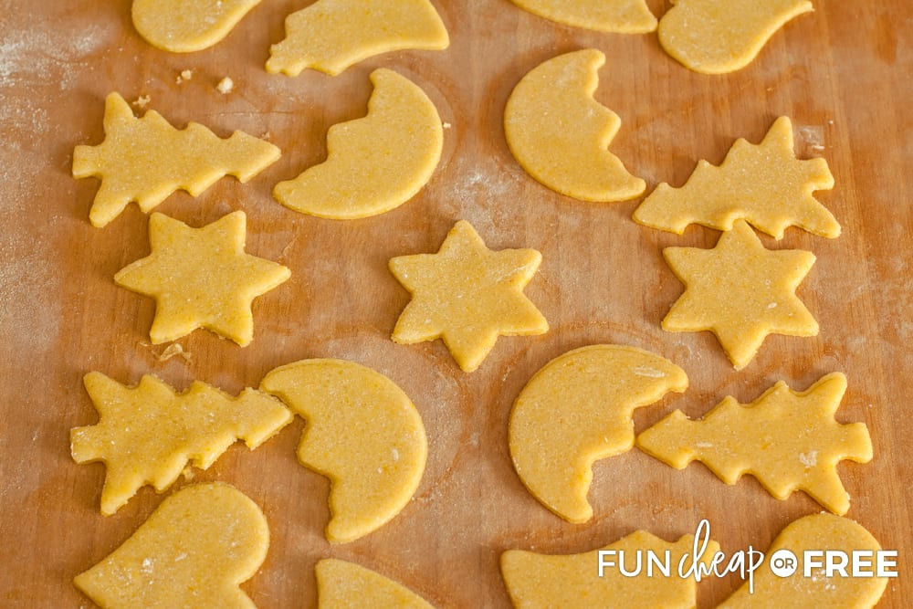 Making sugar cookies before you decorate is a fun activity - Tips from Fun Cheap or Free