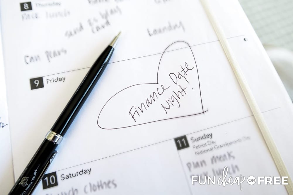 How to hold a money date with great ways to talk about finances without fighting - Tips from Fun Cheap or Free