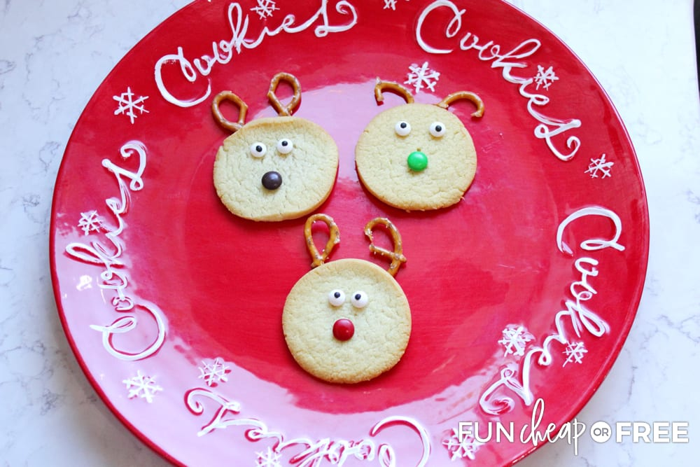 Make these cute reindeer cookies during your reindeer Christmas party - Ideas from Fun Cheap or Free