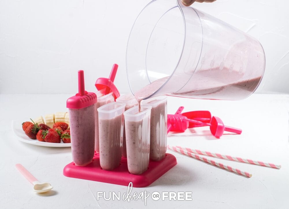 filling up a popsicle mold, from Fun Cheap or Free