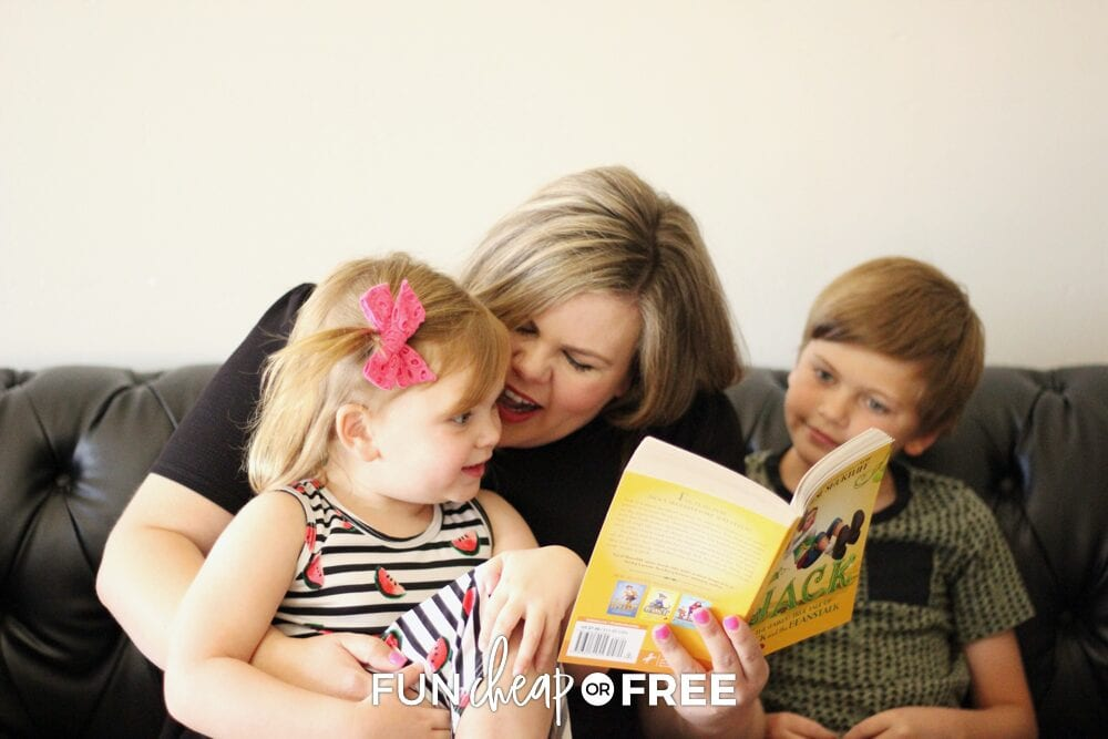 Reading together opens up a whole world of imagination for your family! Ideas from Fun Cheap or Free