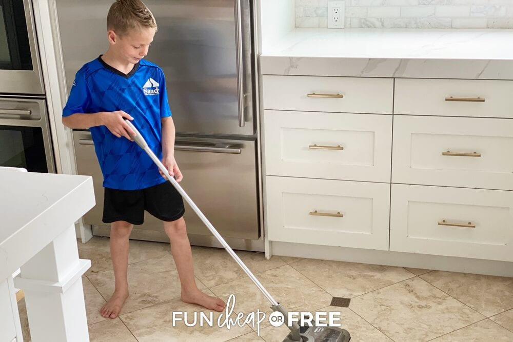 Let your kids help out around the house. This will help create a balanced family, which will make the parent's life a little easier and help the kids to learn important life skills - Tips from Fun Cheap or Free