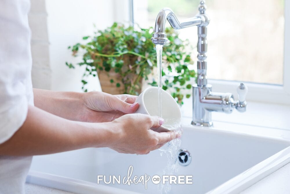 Clean out the sink while you're waiting for dinner to cook or be served. It's a great way to use that small amount of wait time and helps make cleanup after dinner a breeze. Tips from Fun Cheap or Free