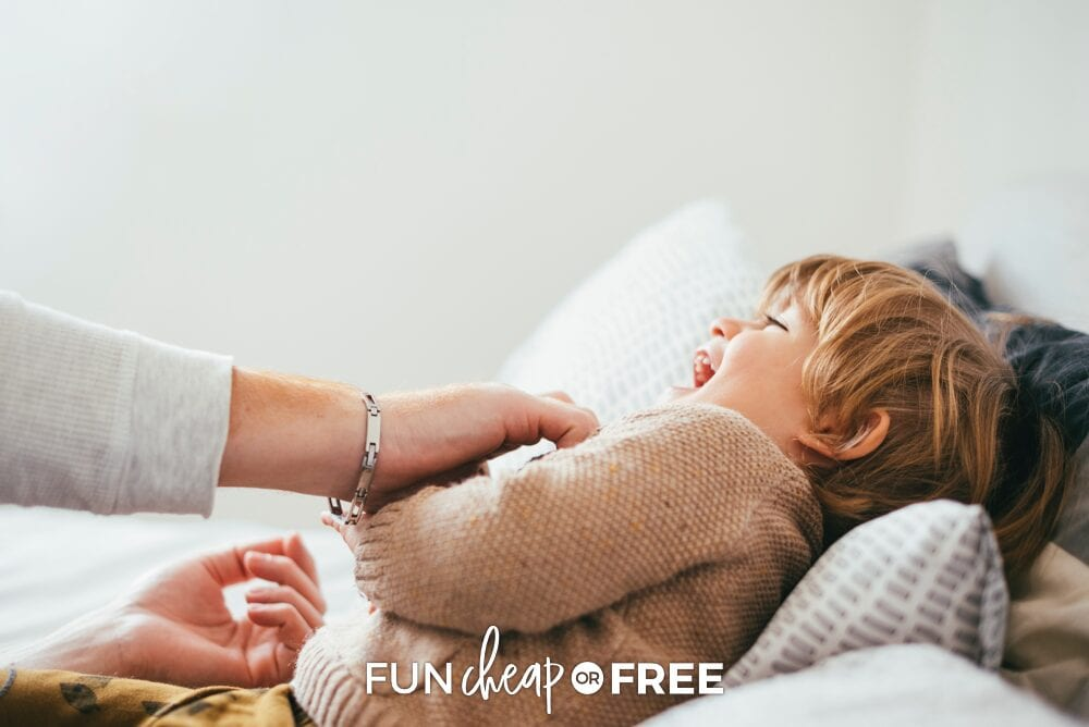 Giving your kids a special day and doing Tuck In Time with them is a great way to get them some focused time and attention - Quality time with kids tips from Fun Cheap or Free