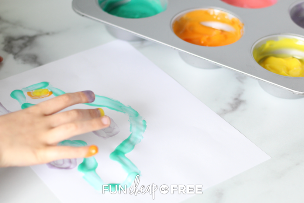 Your kids are going to LOVE this fun edible finger paint from Fun Cheap or Free!