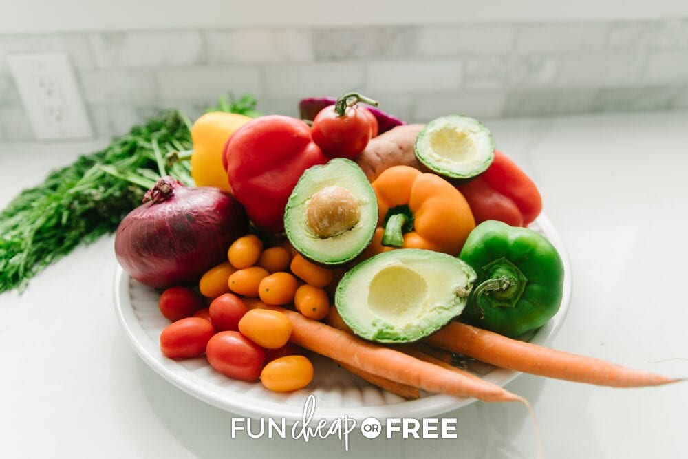 Put that in-season, cheap produce to good use! You'll save a lot on your grocery bill when you meal plan and don't let any go to waste - Tips from Fun Cheap or Free