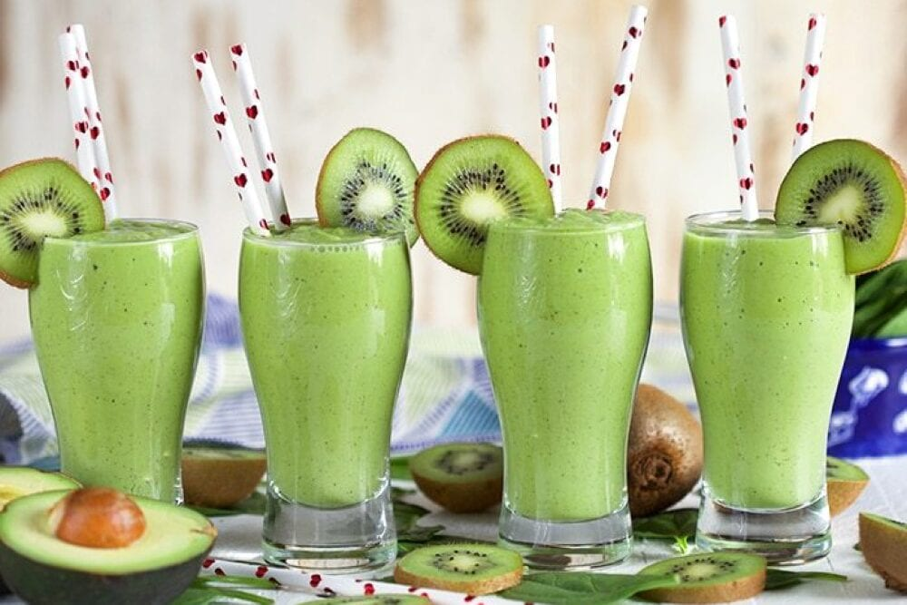 The Suburban Soapbox has come up with the ultimate green smoothie! Ideas from Fun Cheap or Free