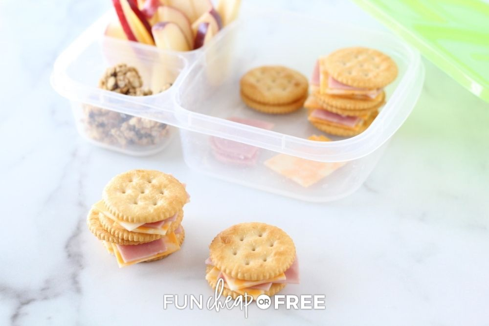 homemade cheese and cracker lunchable, from Fun Cheap or Free