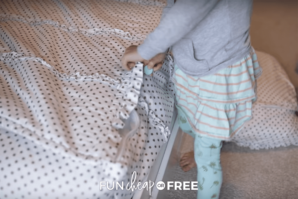 making a bed with beddy's, from Fun Cheap or Free