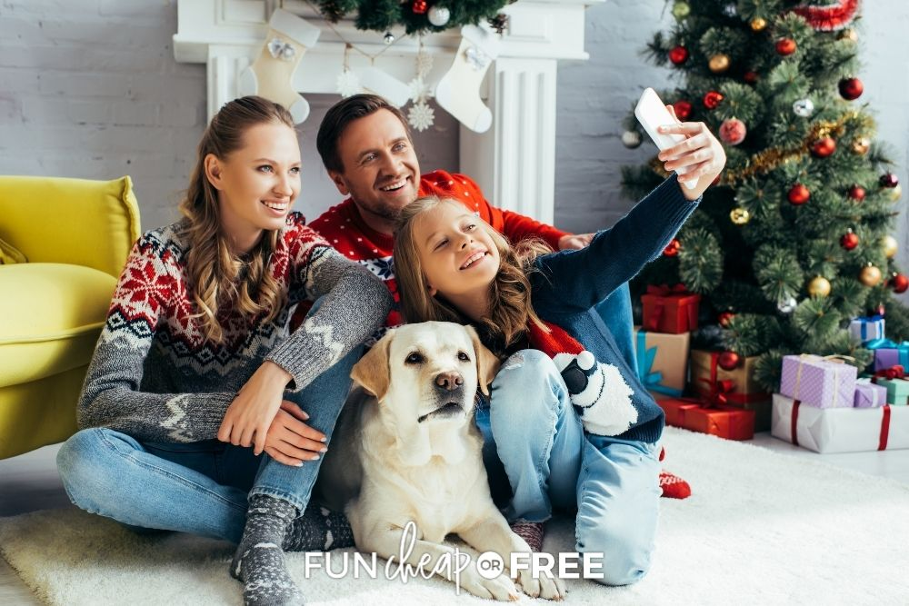 Family taking a Christmas selfie from Fun Cheap or Free.